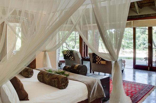 Tinstwalo Lodge, Manyeleti