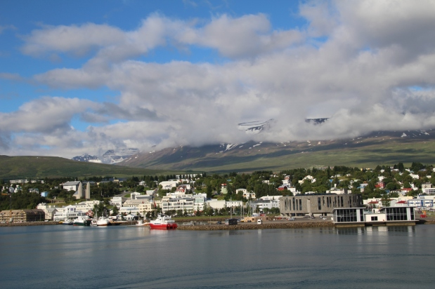 Cruise Around Iceland